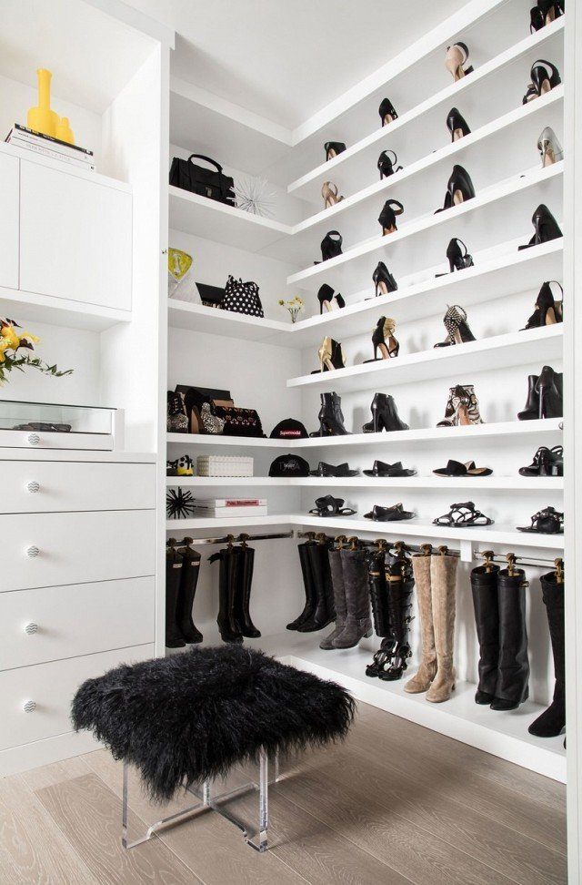 shoe closet